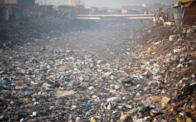 Myrkyllisen e-jätteen aiheuttamat ympäristö- ja terveysongelmat pahenevat Afrikassa sääntelystä huolimatta