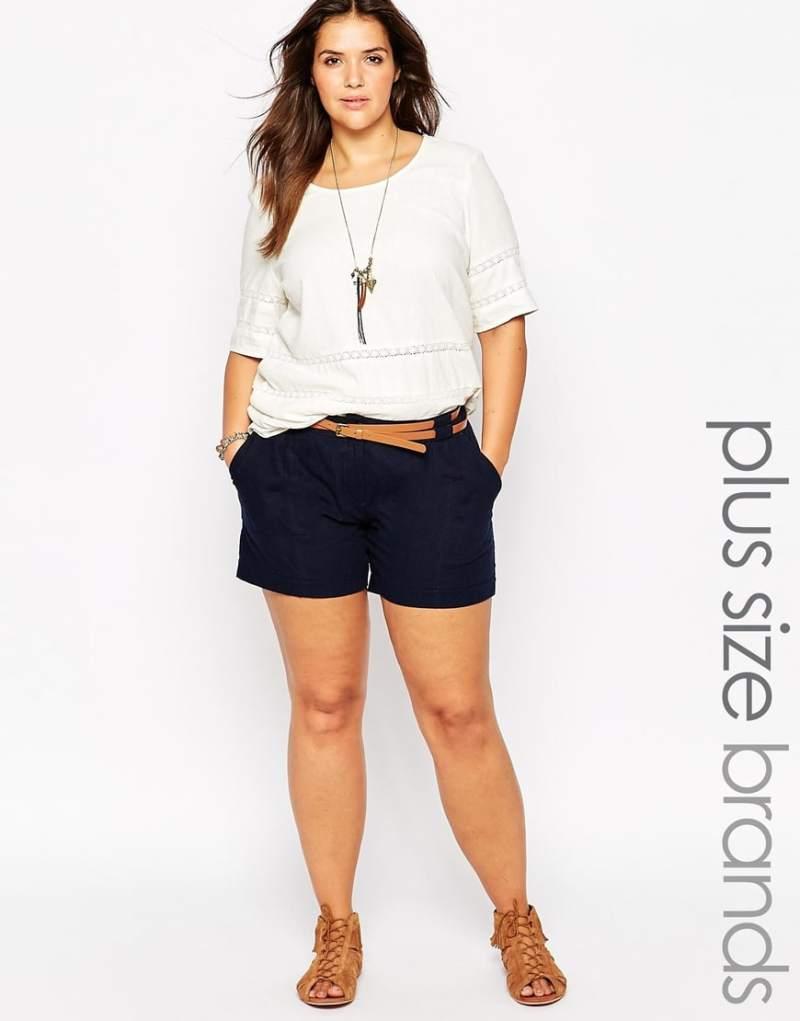 come indossare gli shorts se sei curvy
