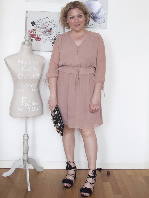 outfit-curvy-abito-rosa_10