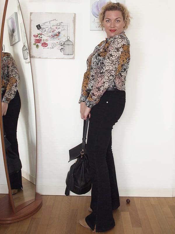 outfit-curvy-pantaloni-zampa-02