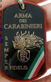 i carabinieri piastrina distintivo