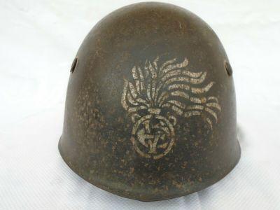 elmetti e copricapi militari