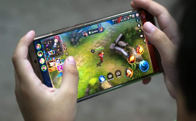 Square Enix Mobile Games Struggle As Gamers Flock To Free