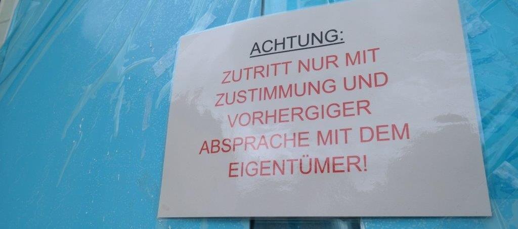 Schild Eigentümer Zutritt
