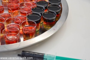 Jello Vodka Shots Schwarz-Rot-Gold