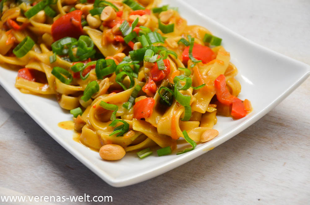 One Pot Pasta: Thai Peanut Pasta