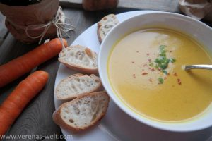 Thailändische Süßkartoffel-Karottensuppe