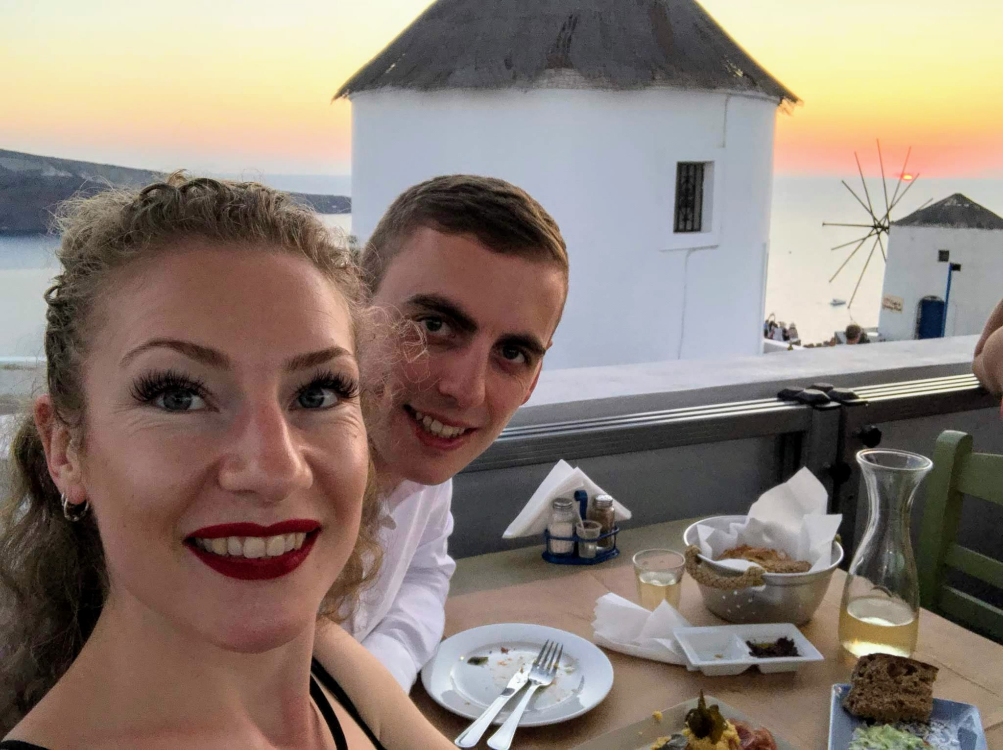 Elinikon Restaurant View - Santorini, Greece - Honeymoon Part 2 - Oia in Santorini is beautiful with its pretty caldera view, sunsets, windmills and quaint pedestrian streets, we headed here for our Honeymoon Part 2! - Greek Island, Europe - Veritru