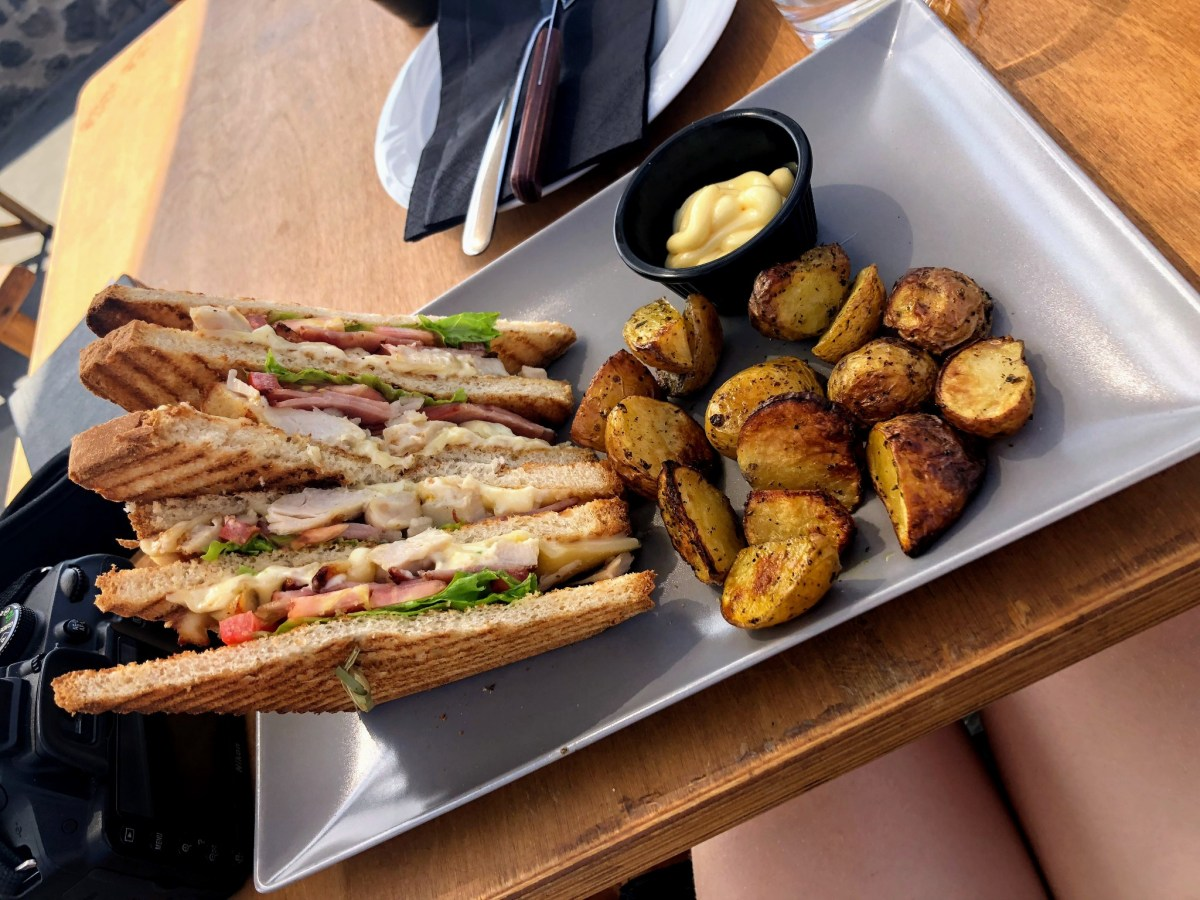 Club Sandwich Lunch at Mes Amis - Honeymoon Part 2 - Oia in Santorini Greece is beautiful with its pretty caldera view, sunsets, windmills and quaint pedestrian streets, we headed here for our Honeymoon Part 2! - Greek Island, Europe - Veritru