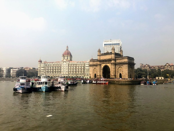 Gateway of India and Taj Mahal Hotel - Veritru - Mumbai, India
