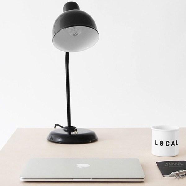 sfeerbeeld Dusseldorf bureaulamp - Verlichting van Toen