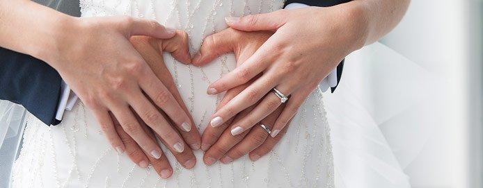 Eheringe tragen welche hand  Modeschmuck
