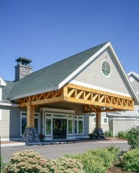 Timber Frame Hotel Trusses | Porte Cochere
