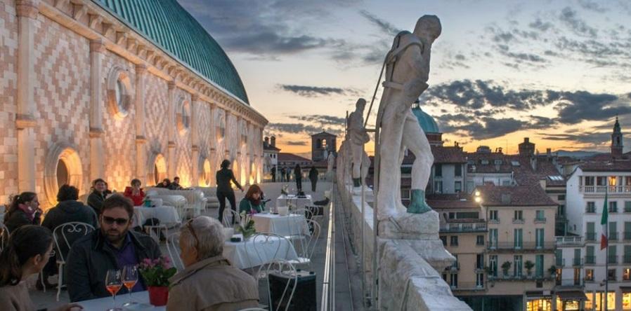 Museo della follia Palazzo della Ragione Mantova
