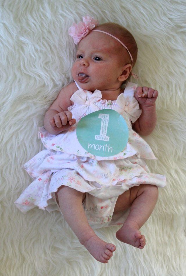 22472af575ef Harper Reese- 1 Month Old! - Veronika s Blushing