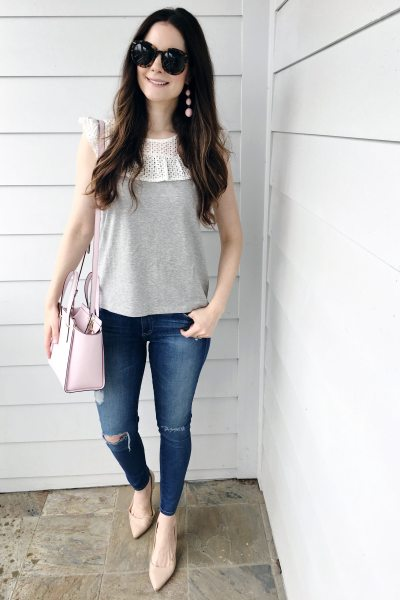 Bib Collar Grey Tee