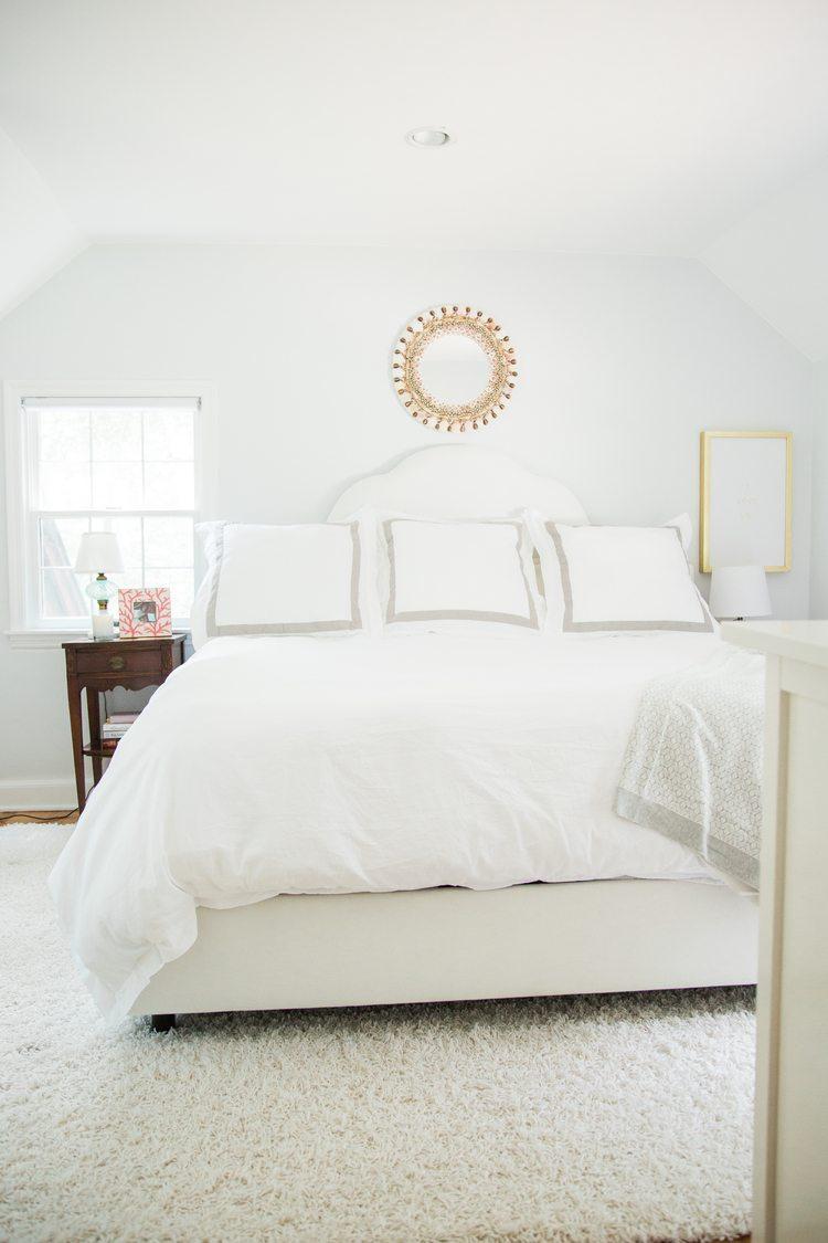 white room 24