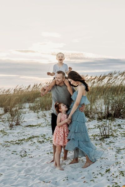 What To Wear for Family Beach Photos