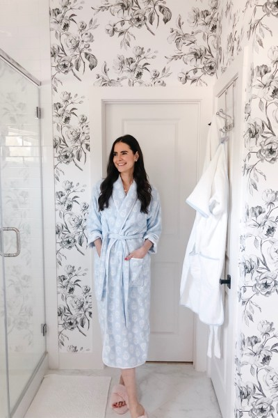 Weezie Towels Robe Review