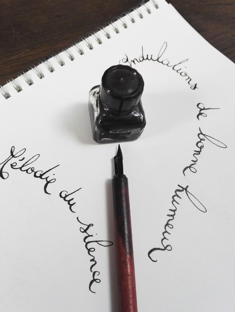 ©Véronique Milioni, La Marque, Les Univers, Les Textes Calligraphiés, réalisations à la main