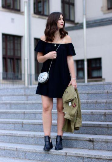 Asks Off Shoulder Kleid, andotherstories Cut out boots, asos Metalltasche, Chanel, Pandora, Zara