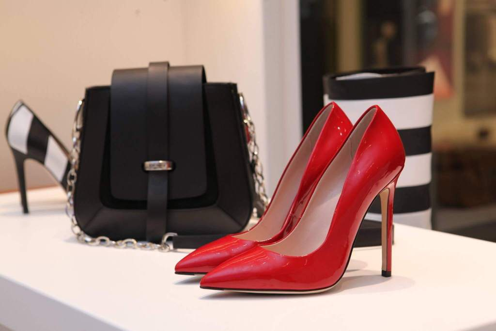 Fashion shoes and bags marketing