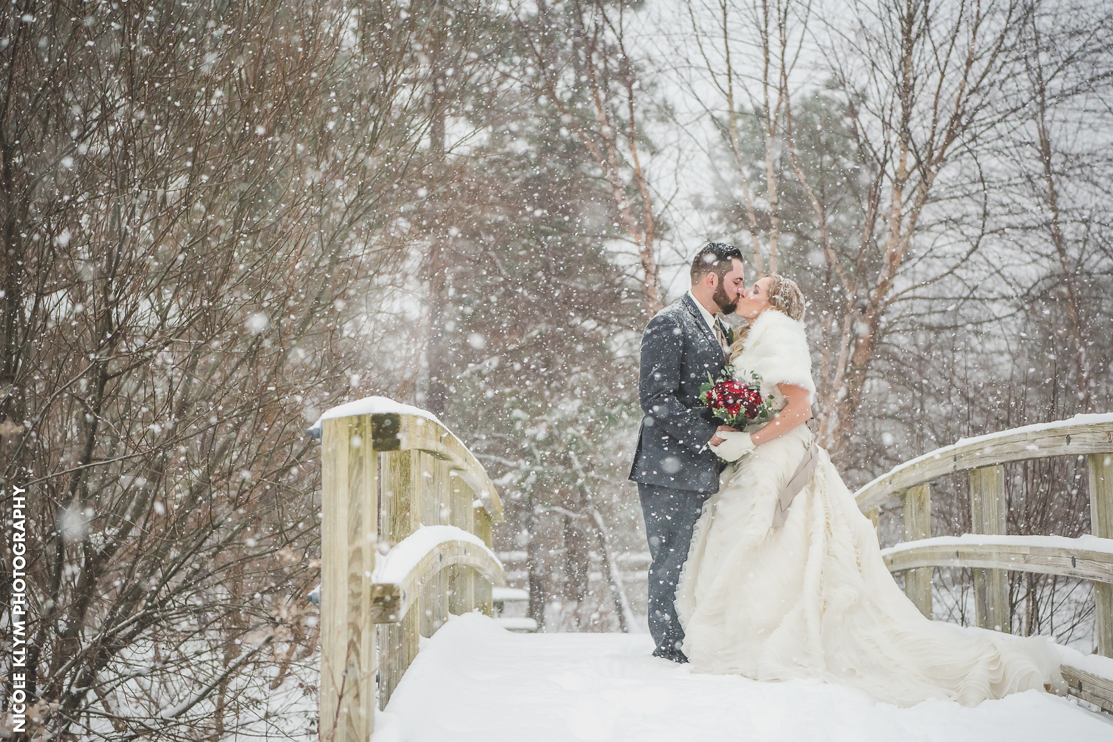 How To Add Personality To Your Wedding Photos Versailles Ballroom Toms River Nj