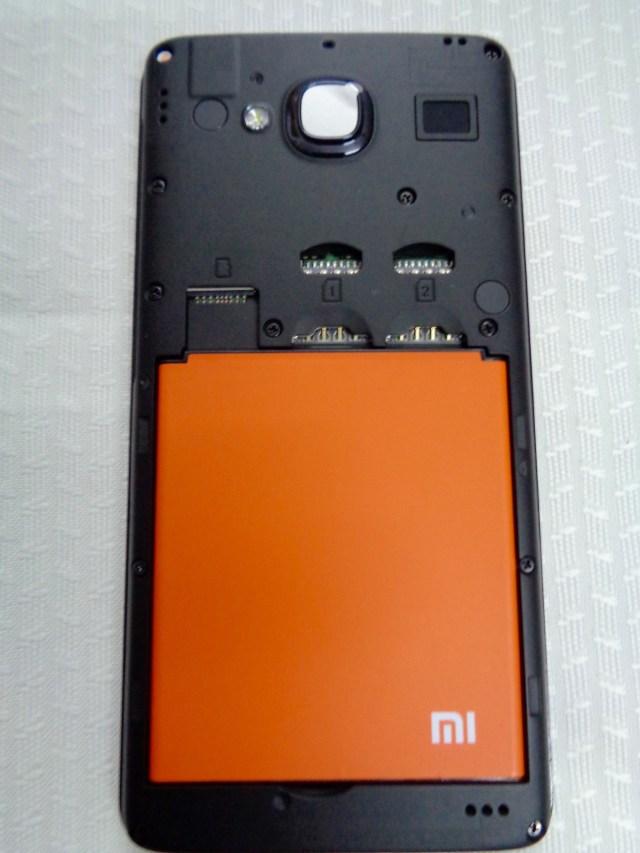 Xiaomi-Redmi-2-Battery-in