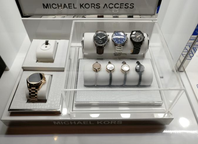 michael-kors-access