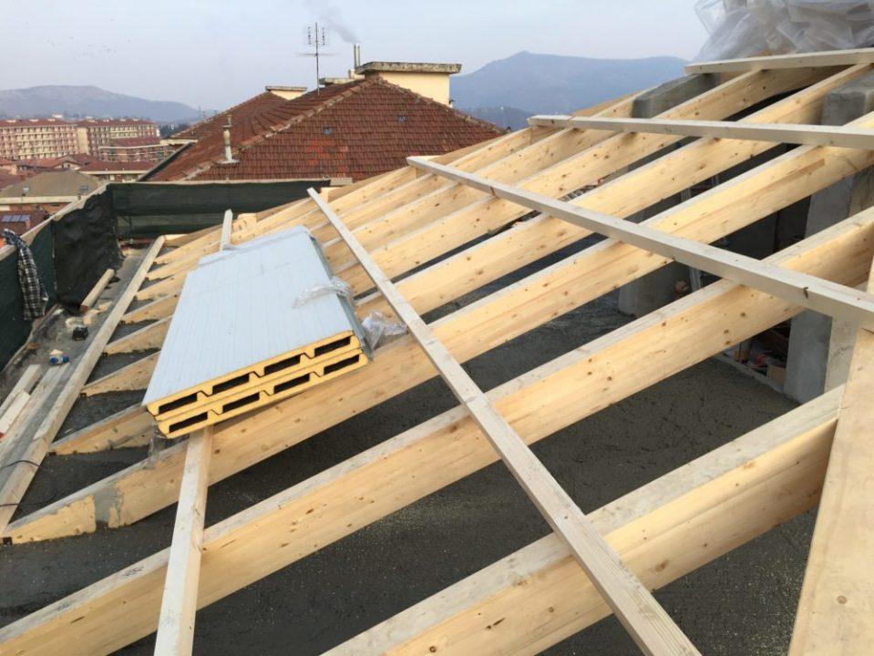 Rifacimento tetto condominio S. Martino