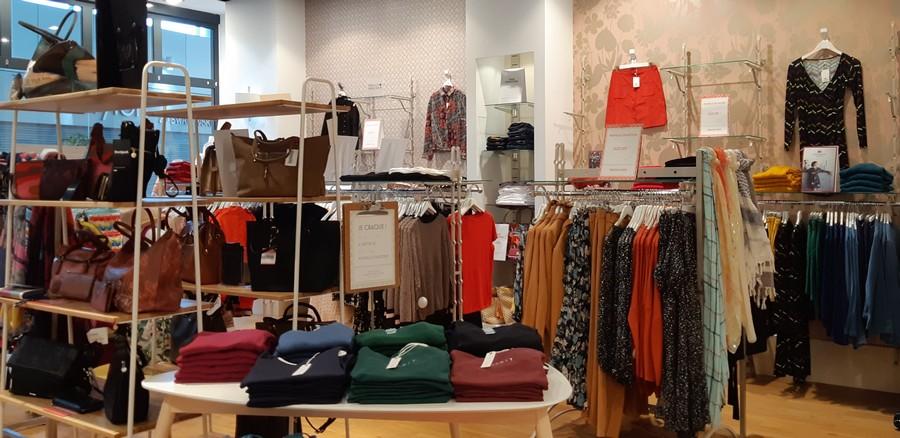 Vue intérieur boutique Version Mode France 3