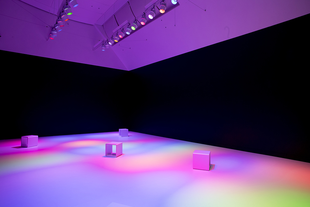 Total Internal Reflection, by Tiffany Singh. Photo by Maarten Holl. Courtesy of Te Papa