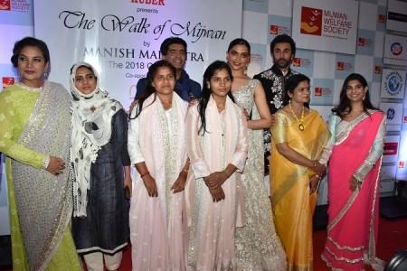 Shabana Azmi, Manish Malhotra, Deepika Padukone, Ranbir Kapoor, Namrata Goyel with the Mijwan Team