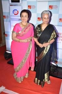 Waheeda Rehman and Aasha Parekh