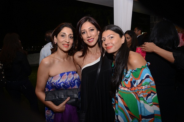 Anita Bajaj, Malini Ramani, Pia Pauro at the Spread A Smile auction,. Delhi
