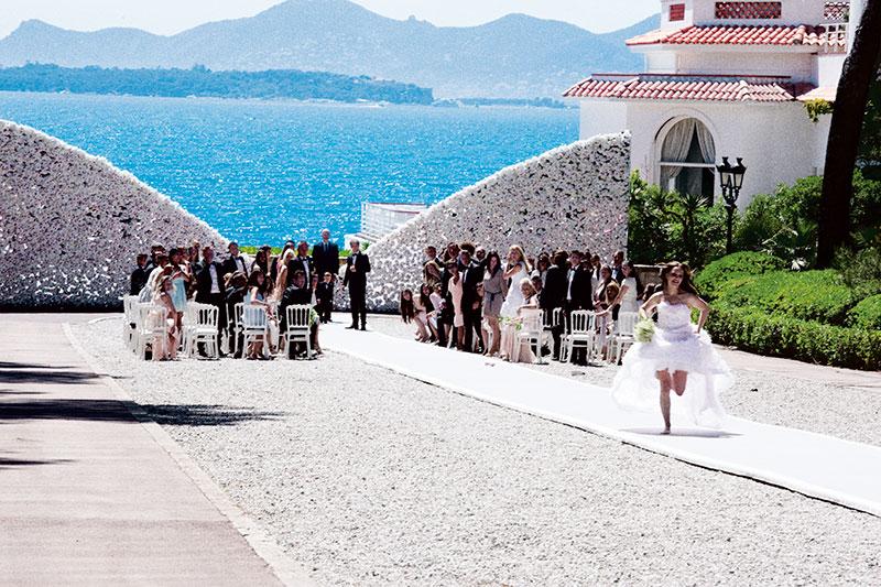 Anton Corbijn, Natalie Portman, runaway bride, Côte d'Azur, Miss Dior film