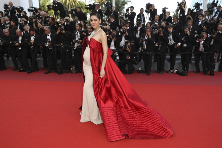 Araya A. Hargate in Alexis Mabille Couture