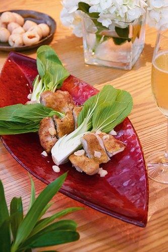 Teppan Chicken with Fresh Lychee and Champagne Yuzu Sauce