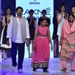 Ahmedabad, Artisans, Clothes, Collection, Design, Designers, Dholka, Featured, Gujarat, karigars, Lakme Fashion Week, Lakmé Fashion Week Summer Resort 2018, Online Exclusive, social issues, Soham Dave, Sustainability, Usha Silai Project, Usha Silai School, Women Empowerment