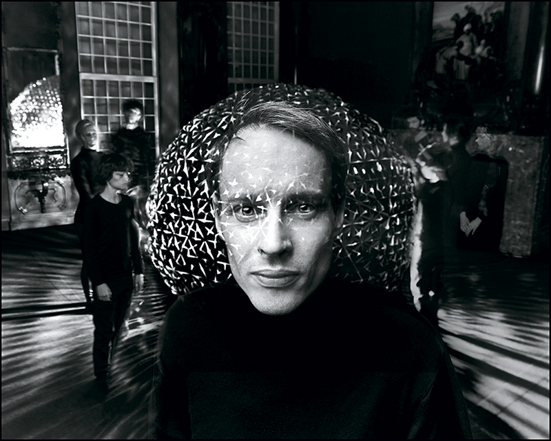 Daan Roosegaarde, Dutch artist and innovator of 'techno poetry'