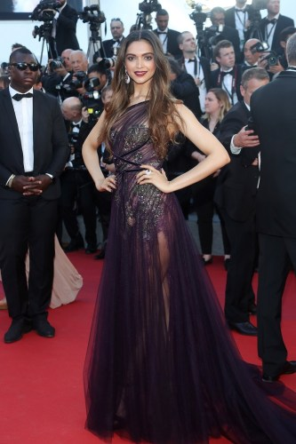 Deepika Padukone in Marchesa and De Grisogono jewels