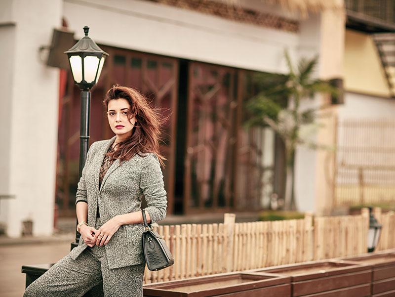 Dia Mirza, Bollywood Actress