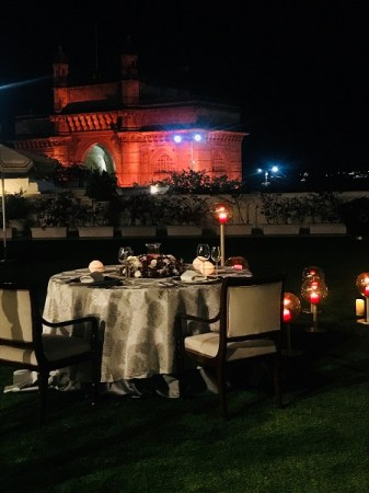 Dine Under The Stars - Chambers Lawn