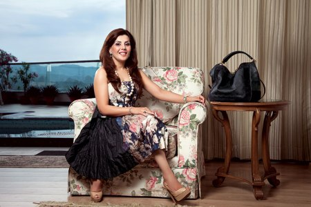 Divya Dhanda, Consultant