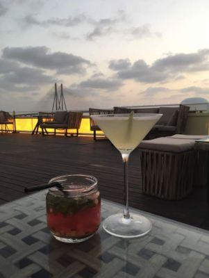 Celestial sand-gria, lemon grass and peach martini