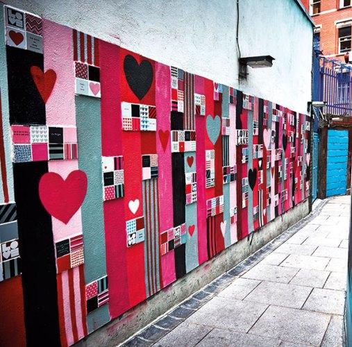 Love Lane At Temple Bar Square