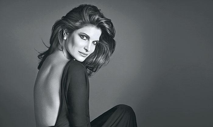 Stephanie Seymour, Estée Lauder's prestige Re-Nutriv range