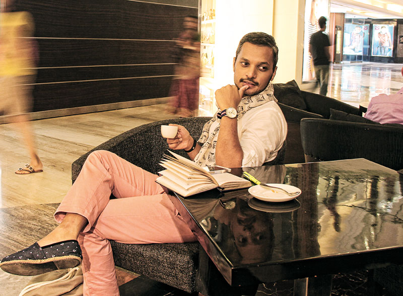 Riaan Jacob George, Luxury blogger and journalist