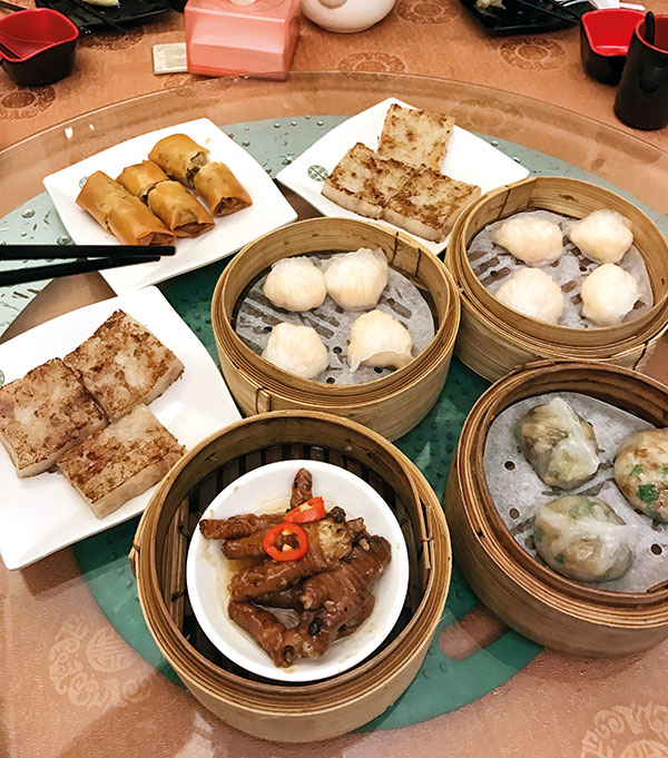 Dim sum at Tim Ho Wan, Hong Kong, Michelin-starred establishments