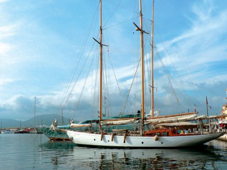 Saint-Tropez: splendour on the water